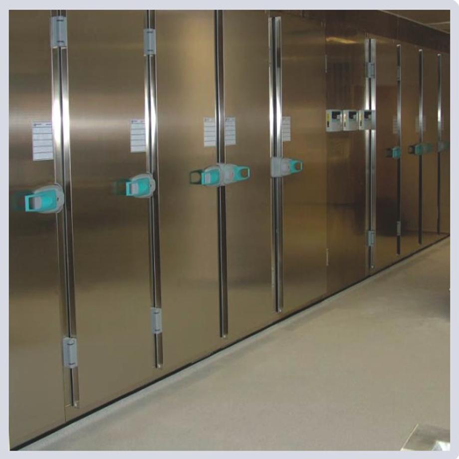 Camera frigorifca cu rafturi multiple
